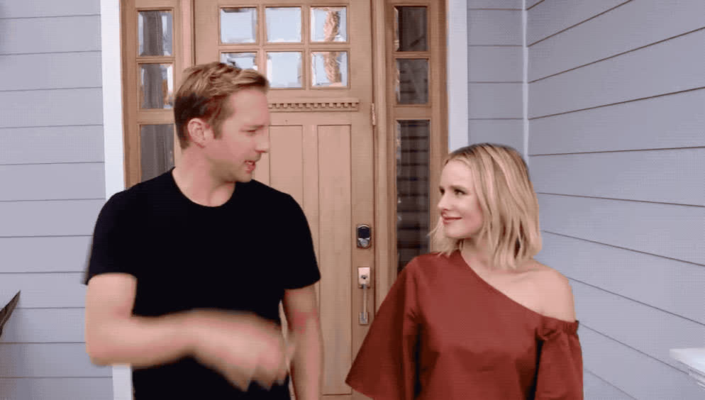 agree, bell, five, hansen, hi5, high, high five, it, kristen, kristen bell, made, momsplaining, nailed, parents, productreviews, ryan, Momsplaining with Kristen Bell and Ryan Hansen GIFs