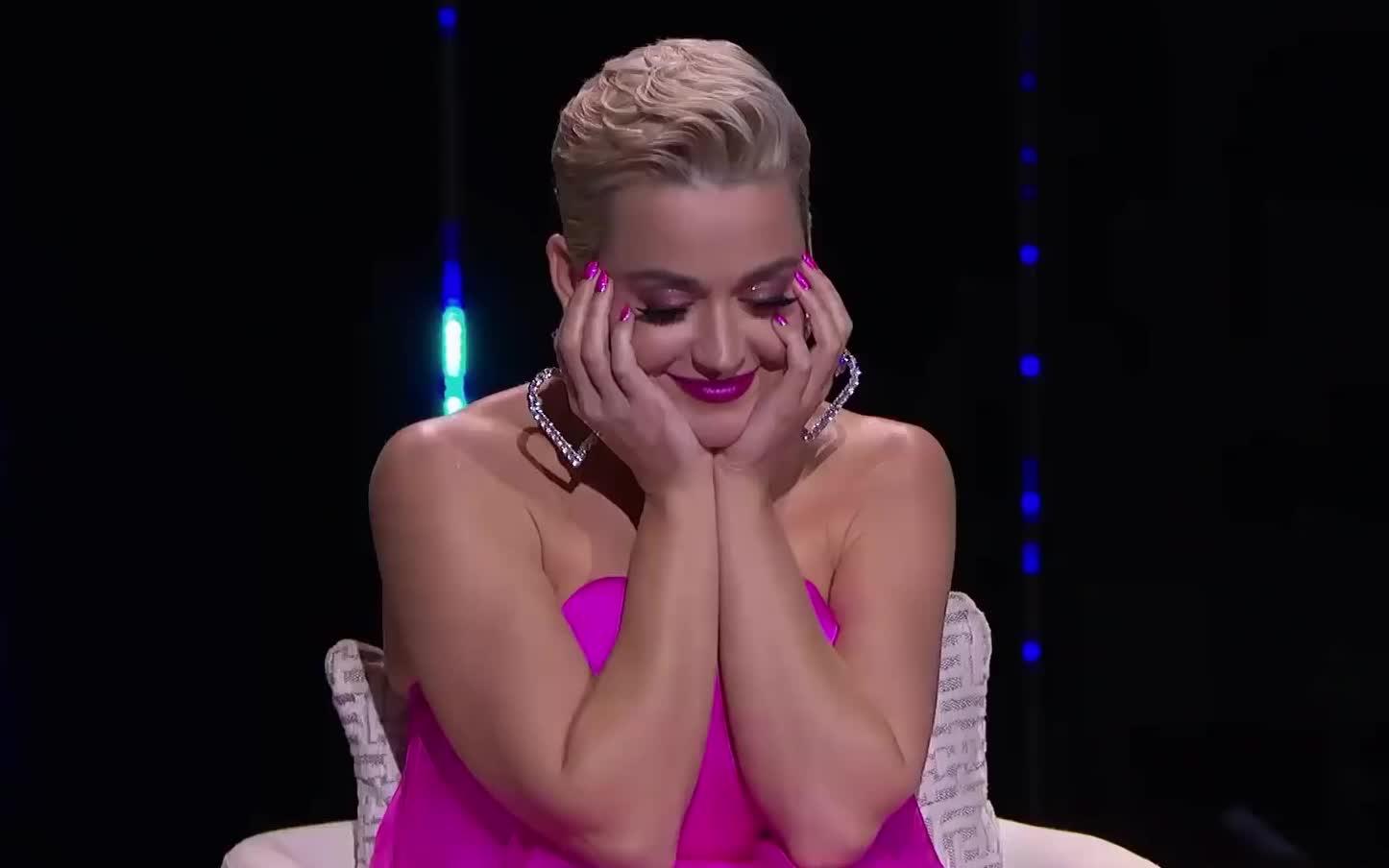 I, I love you, alejandro, american, aranda, auditions, aw, aww, awww, blush, cute, embarrassed, idol, in, love, omg, shy, solos, you, Katy Perry - Awww GIFs