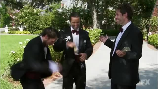 Watch It's always sunny in Philadelphia - The boys are back in town - Trash edition GIF on Gfycat. Discover more always, cringepics, it's always sunny in philadelphia (tv program) GIFs on Gfycat