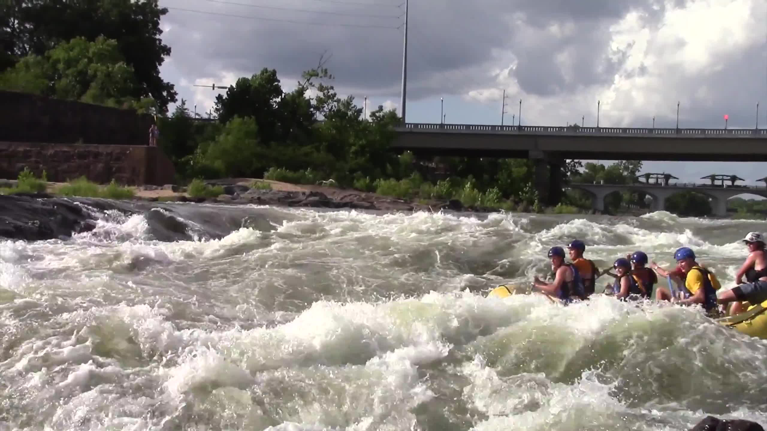 ocoee river, rafting, whitewater rafting, 2016 WHITEWATER RAFTING CARNAGE VIDEO on Ocoee, Gauley, Chattahoochee, Tallulah Rivers and More GIFs