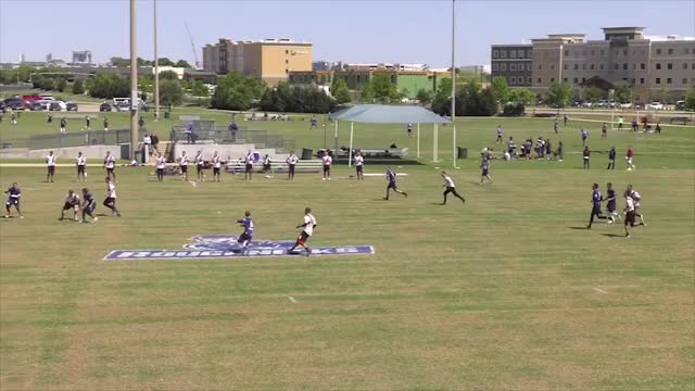 Watch and share Brandon Malecek Flick Huck GIFs by American Ultimate Disc League on Gfycat