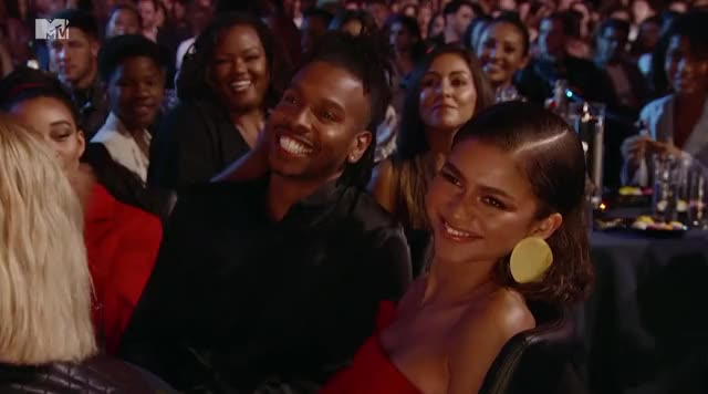 Watch and share Mtv Awards GIFs and Zendaya GIFs by Reactions on Gfycat
