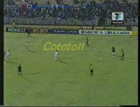 Watch chilavert bizera cap GIF on Gfycat. Discover more campeon, carbonero GIFs on Gfycat