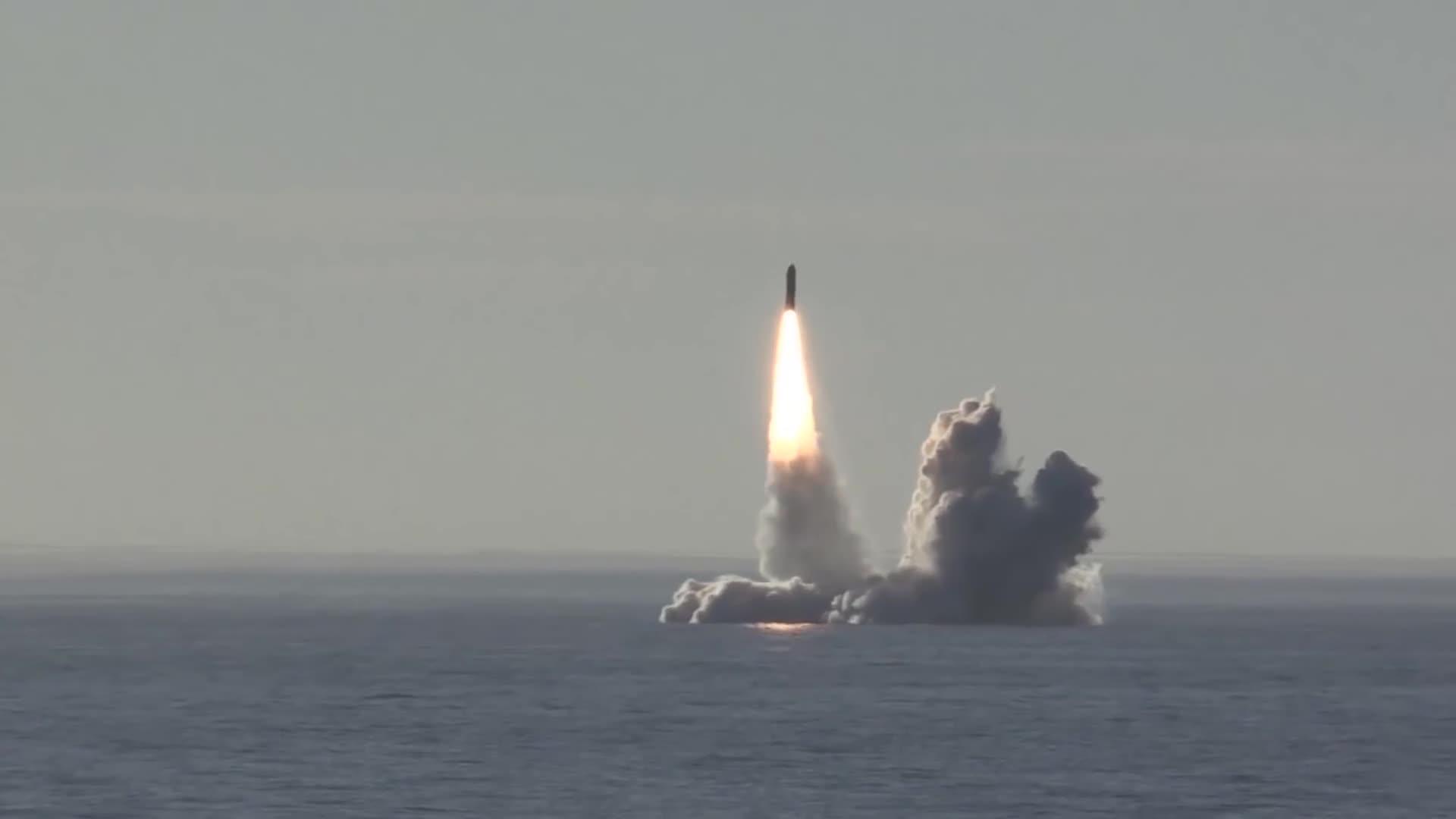 ICBM, submarine, Bulava ICBM launch GIFs
