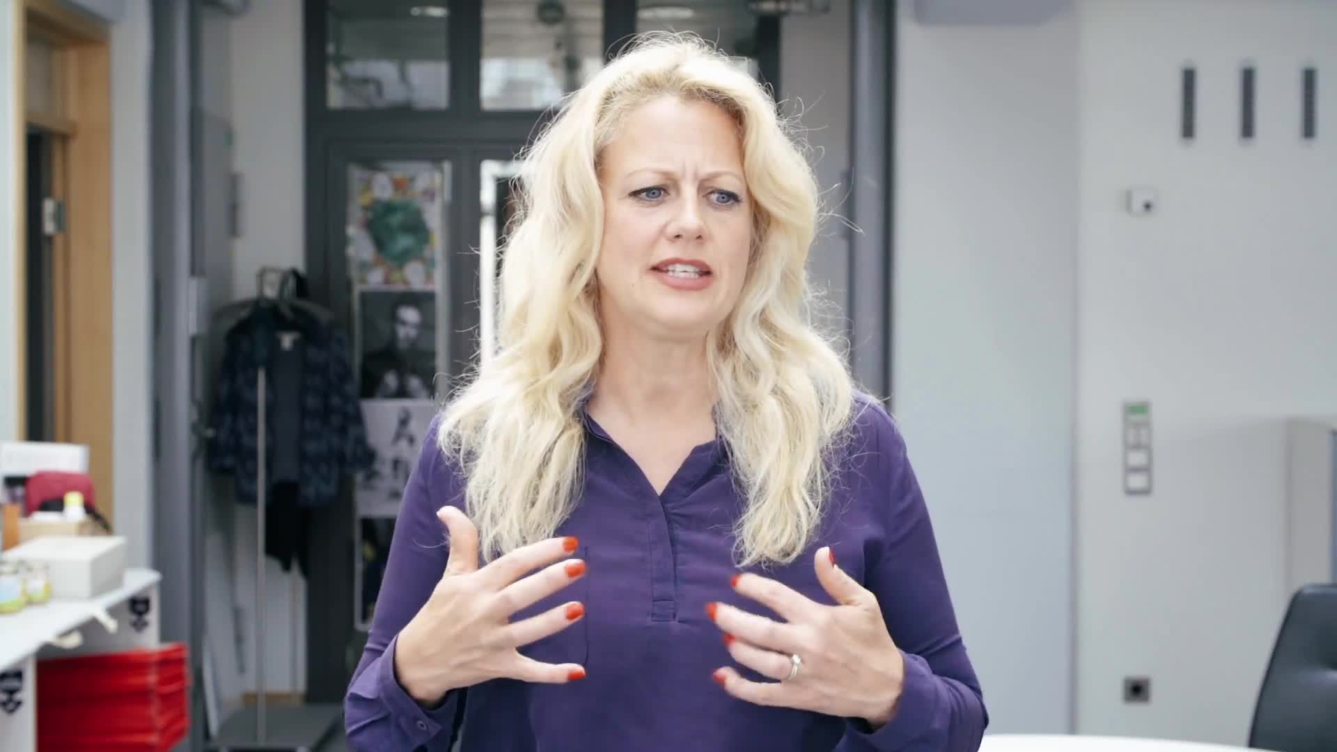 Barbara Schöneberger, Barbara Schöneberger GIFs