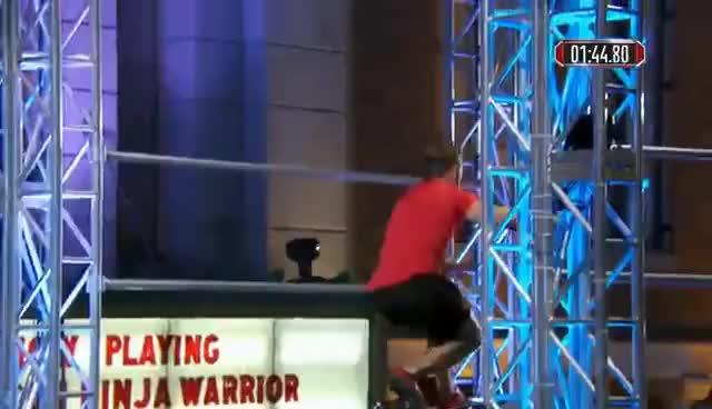 Adam Rayl at the Los Angeles City Finals - American Ninja Warrior 2017