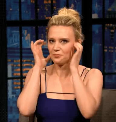 Watch and share Kate Mckinnon GIFs and Celebrity GIFs by Reactions on Gfycat