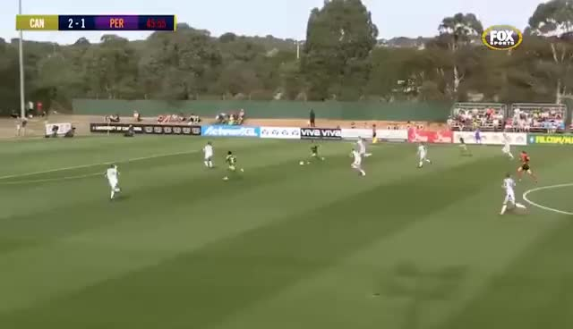 australia, Gol de María José Rojas por el Canberra United FC GIFs