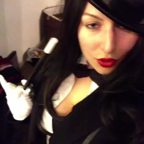 Watch and share Risks! #Zatanna #DCComics #Cosplay #canwetalkaboutit #impressions GIFs by @ShadowsOfBeauty on Gfycat