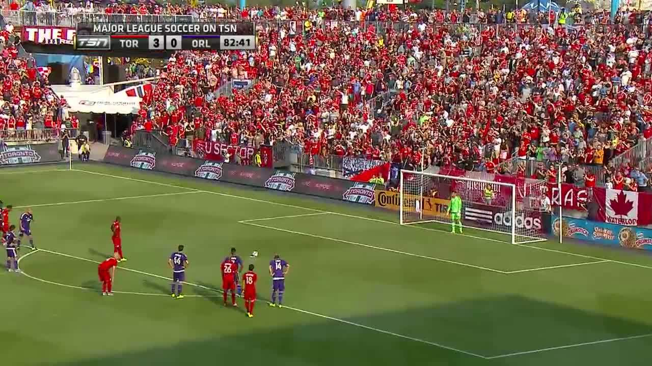 Jozy Altidore Penalty vs. Orlando GIFs
