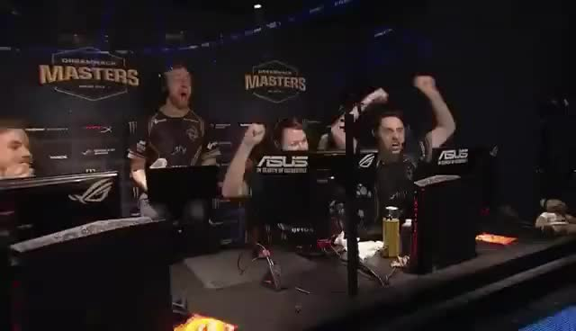 Watch and share Get_Right Crazy Clutch 4Kills GIFs on Gfycat