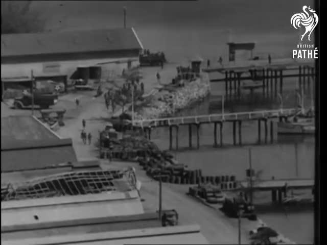 Watch Japanese Raid Port Darwin (1942) GIF by SLR107FR31 (@slr107fr31) on Gfycat. Discover more WW2, Pacific, Darwin, War GIFs on Gfycat