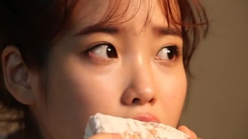 aiyu, kpics, IU | Lee Ji eun | eating GIFs