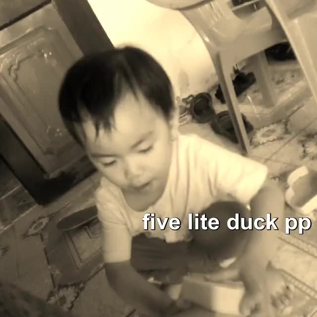 Watch and share Five Lite Duck Píp Pip Pip GIFs by hoangdinhminh05 on Gfycat