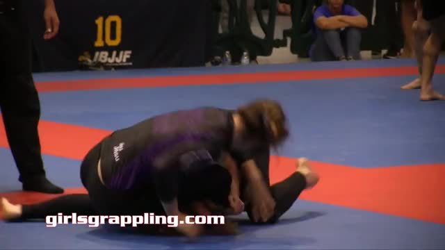 Fight Night Berlin: UFC Breakdown - Part 3 (reddit) GIF
