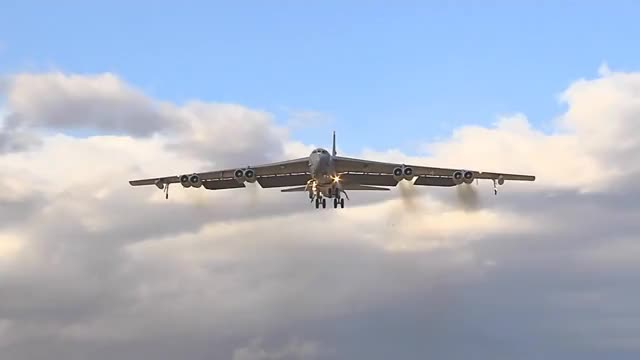 Red Flag 15-1 has well and truly finished, BOOO! Red Flag 15-2 has started! YAY. Here's a B-52 to start things off. (reddit)