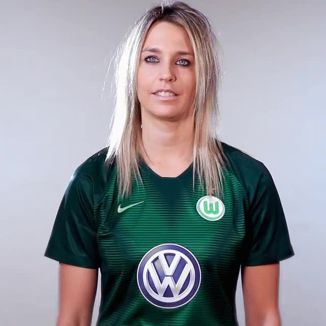 Watch and share 28 Think GIFs by VfL Wolfsburg on Gfycat