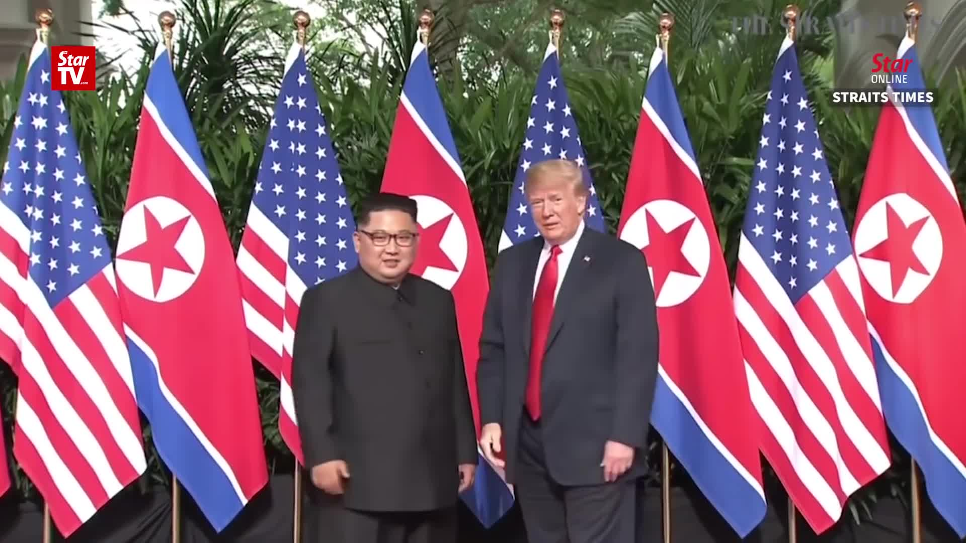 2018, america, capella hotel, donald trump, kim jong un, korean peninsula, north korea, politics, straits times, summit, usa, Donald Trump and Kim Jong Un meet for first time GIFs