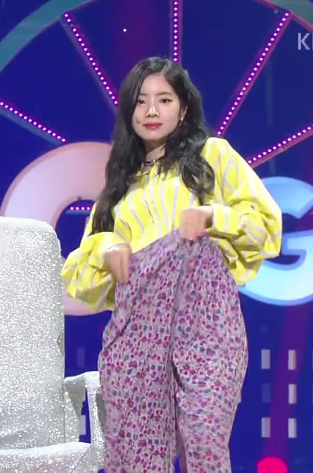 Watch and share Dahyun GIFs and Twice GIFs by theangrycamel2018 on Gfycat