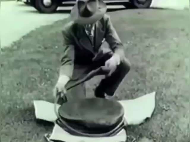 Watch and share Vintage Exhaust Air Jack GIFs by GIFs For Everything on Gfycat