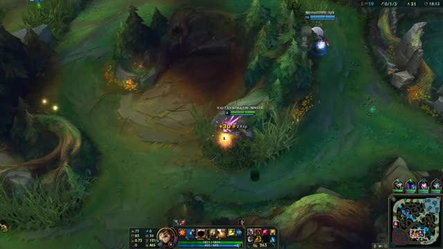 Watch Leona outplay GIF by Overwolf (@overwolf) on Gfycat. Discover more Assist, Gaming, LeagueOfLegends, Leona, Overwolf GIFs on Gfycat