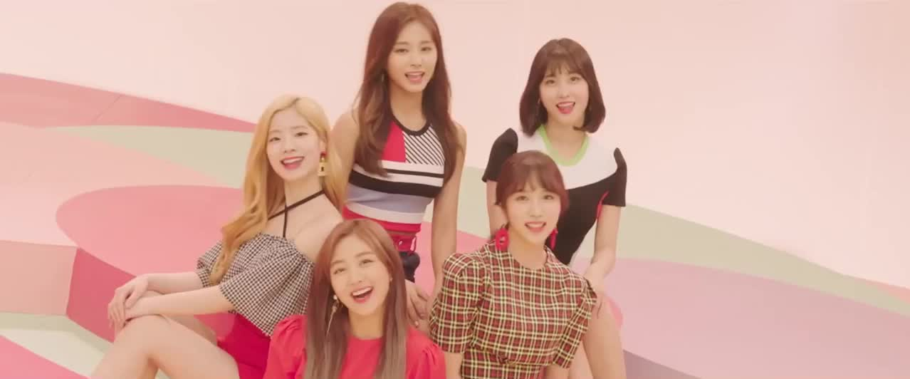 dahyun, jihyo, mina, momo, twice, tzuyu, Twice GIFs
