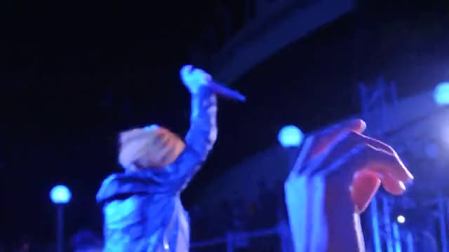Watch PARAHOY!: Paramore - Grow Up Live 3/9/14 GIF on Gfycat. Discover more grow up, hayley williams, parahoy, paramore GIFs on Gfycat