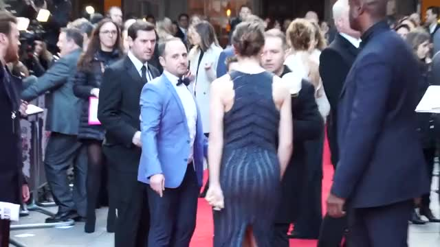 Watch and share Daisy Ridley GIFs and Red Carpet GIFs on Gfycat