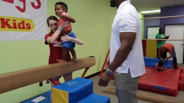 Watch JAXSON AND JAYLA TAKE THEIR 1ST GYMNASTICS CLASS! 👶🏽👶🏾😍 GIF on Gfycat. Discover more Jayla, Married, Pregnancy, Twins, diet, expecting, fitness, health, itsjudyslife, jaxson, life, reality, relationship, teamtransformation, thesocialitelife, thesocialitelifetv, toddler, vloggers, workout GIFs on Gfycat