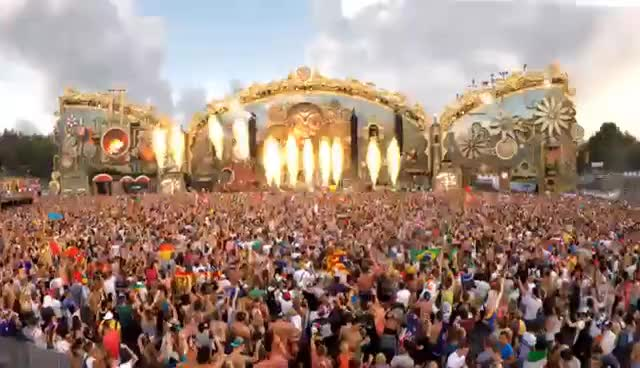 GoPro: Tomorrowland in 4K GIFs