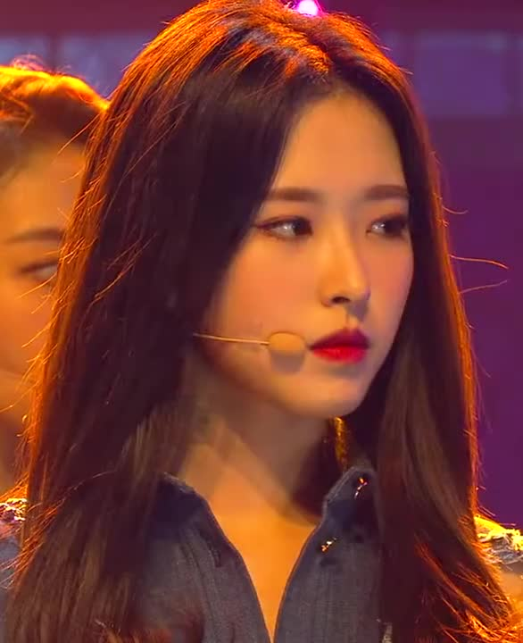 Watch and share Olivia Hyejoo GIFs by Summer on Gfycat