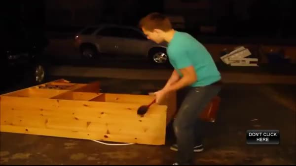 Watch this GIF by forte3 on Gfycat. Discover more IdiotsFightingThings, idiotsfightingthings GIFs on Gfycat