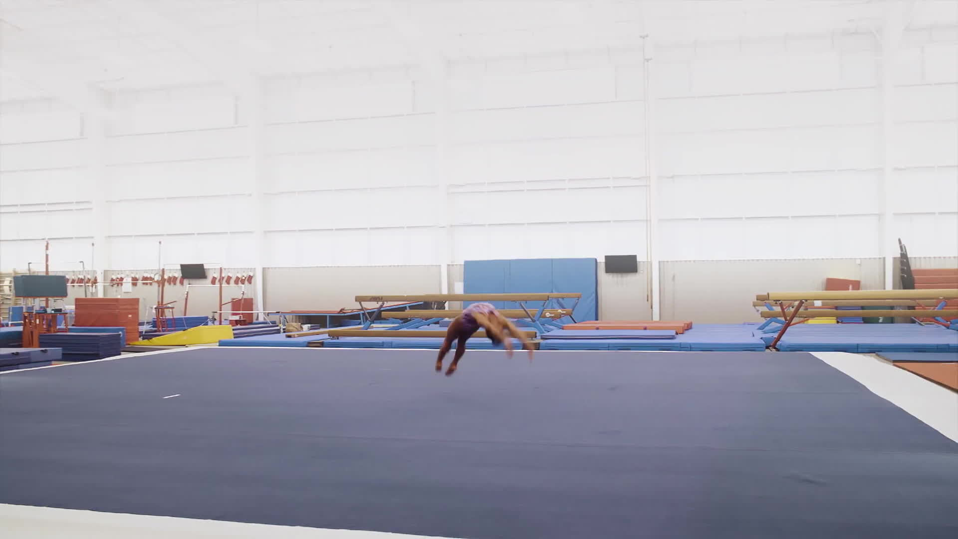 gymnast, gymnastics, new york times, newyorktimes, simone biles, simonebiles, The Fine Line: What Makes Simone Biles the Worlds Best Gymnast GIFs