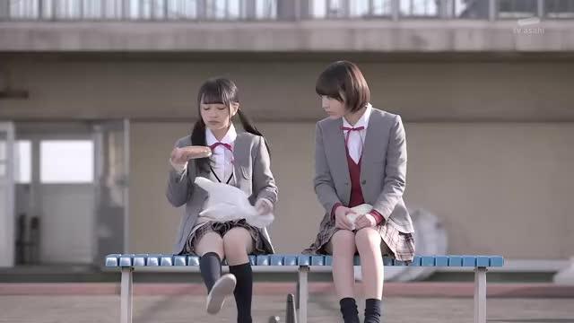 Watch and share Miyawaki Sakura GIFs and Mukaichi Mion GIFs by popocake on Gfycat