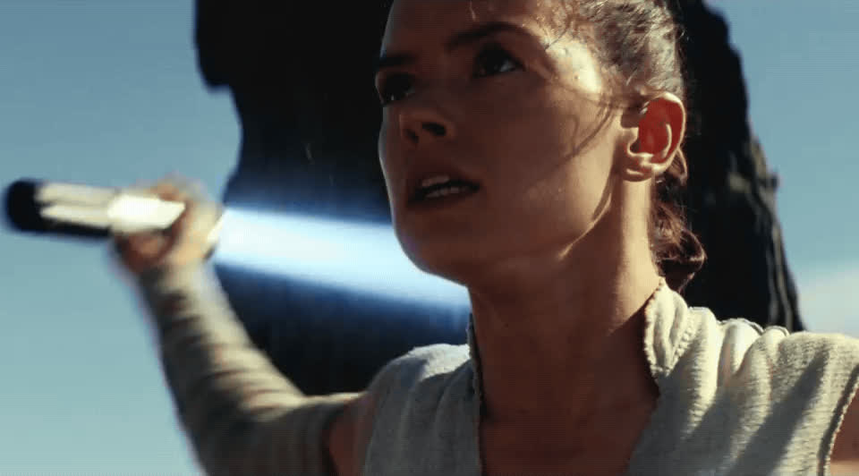 daisy ridley, light saber, practicing, rey, star wars, star wars the last jedi, the last jedi, Rey - Star Wars The Last Jedi GIFs