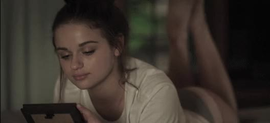 Watch and share Joey King GIFs by deigismon on Gfycat