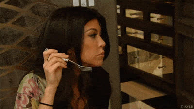 kourtney kardashian, Kourtney Kardashian Chewing GIF GIFs