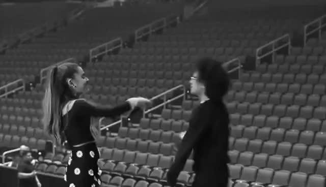 ArianaGRande, Ariana Grande - Honeymoon Diaries Tampas GIFs