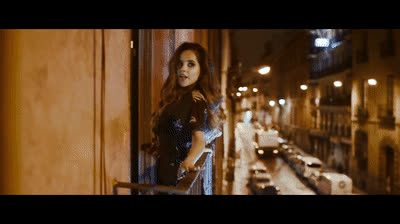 Becky G - Todo Cambio (Official Video) GIFs