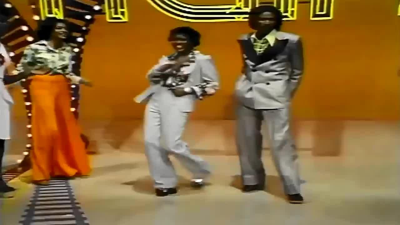 First True Love Affair, Jimmy Ross, Music (TV Genre), Soul Train, disco, ladies in suits, ladiesinsuits, Jimmy Ross First True Love Affair 1981 16:9 GIFs