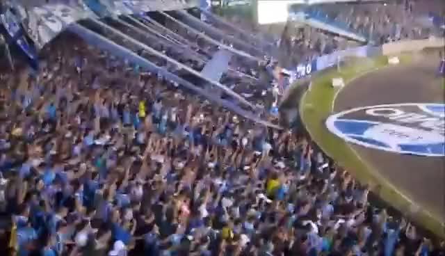 Watch and share Geral Do Grêmio - Primeiro Gol E Avalanche - Grêmio 2 X 0 Bahia - 24/05/2012 GIFs on Gfycat