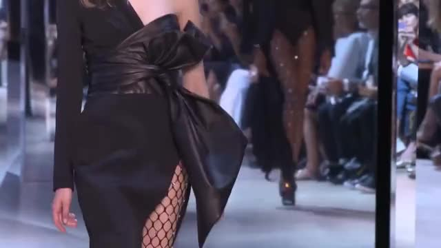 Watch Alexandre Vauthier | Haute Couture Fall Winter 2016/2017 Full Show | Exclusive GIF on Gfycat. Discover more Europe, FW, automne, catwalk, donna, europa, femme, fran, france, fw17, fw2016, haute, inverno, moda, mode, models, outono, paris, woman, women GIFs on Gfycat