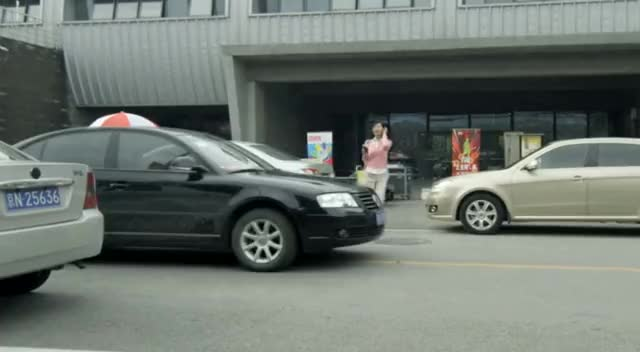 "Watch Road Safety PSA China ""Coffee Lady"" GIF by @berggie on Gfycat. Discover more China (Country), Nonprofits & Activism, WHO, World Health Organization (WHO), accident, china, crash, road safety, speeding, traffic GIFs on Gfycat"
