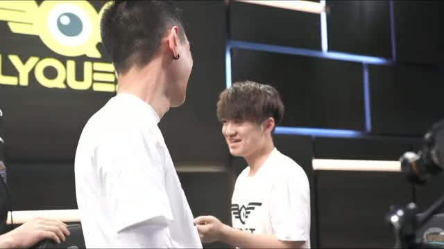 Watch and share Flyquest GIFs and Hai GIFs on Gfycat