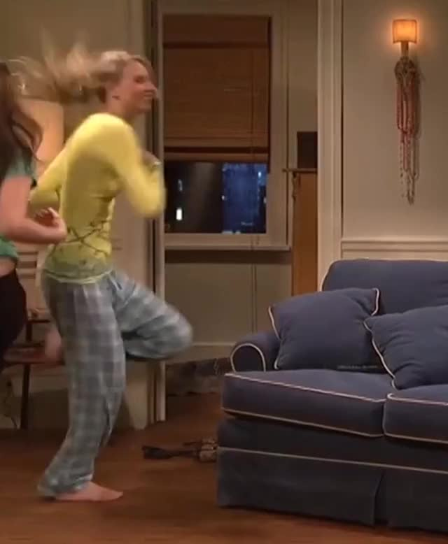 Watch and share Taylor Swift GIFs by HHBunz on Gfycat