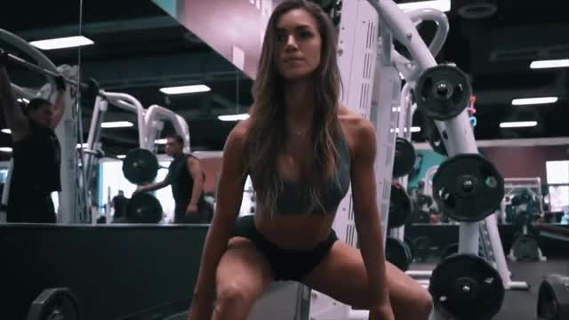 Watch and share Anllela Sagra GIFs and Fitness GIFs by shapesus on Gfycat