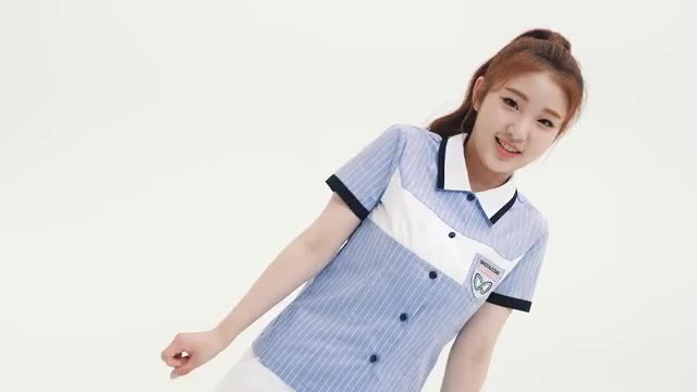 Watch and share Yeojin GIFs and Loona GIFs by The Bakery on Gfycat