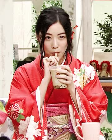Watch this boba GIF by Lilli's Jurina Fangirl Space (@kupnoodlez) on Gfycat. Discover more boba, boba tea, bubble tea, celebs, jurina matsui GIFs on Gfycat