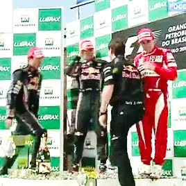 Watch LUV  GIF on Gfycat. Discover more 2010, :3, NEVER FORGET!, SO MUCH LOVE, awww i cant hasdkljsdçasl, christian horner, fernando alonso, hearteyes, look at them, mahhhrrrrrk, my gifs, sebastian vettel, uuggh, webbonso GIFs on Gfycat