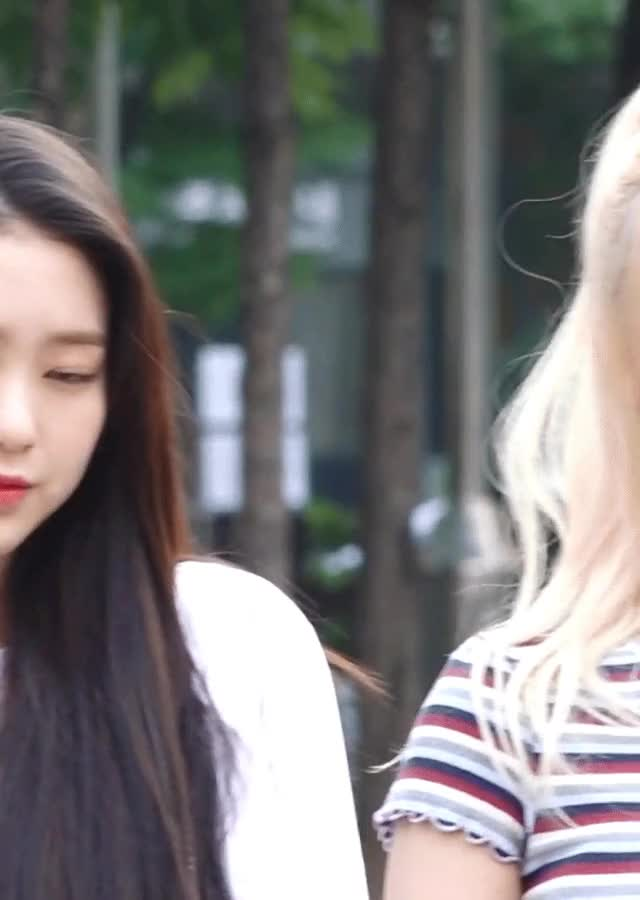 Watch and share Oh My Girl GIFs and Jiho GIFs by Factman's GIFs on Gfycat
